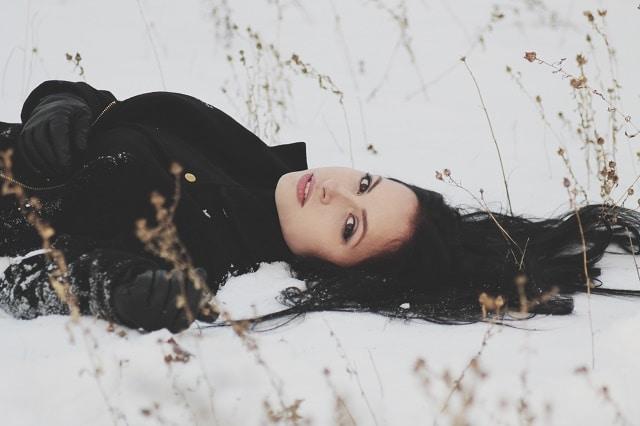 Her Winter Dream. {Poem}