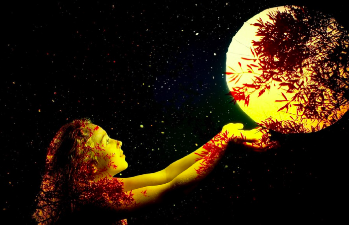Friday the 13th Full Harvest Moon in Pisces: Are you ready to Cross the Threshold into the Unknown?