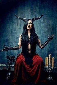 New Moon in Scorpio. Seduction, Death and Transformation. (Ritual)